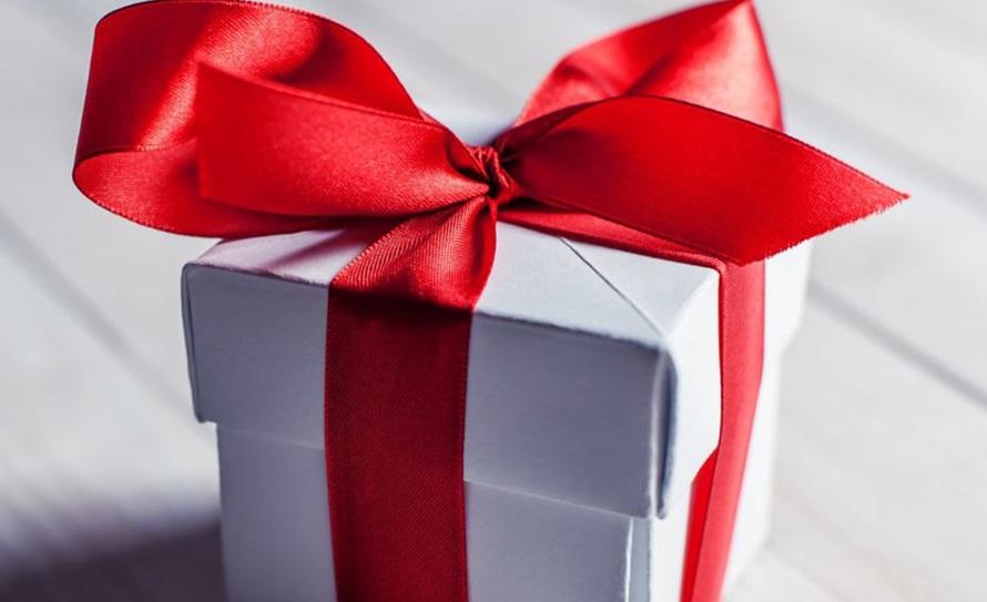 Подарки декабря
